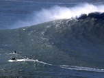 Replay ARTE Regards - Le Big Wave Surfing au Portugal