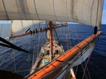 Replay Le cargo hisse les voiles